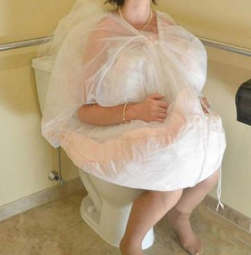 Wedding Dress Toilet Helper