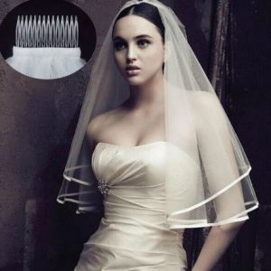 Stunning Two Tier Layered Bridal Wedding Veil, including comb.