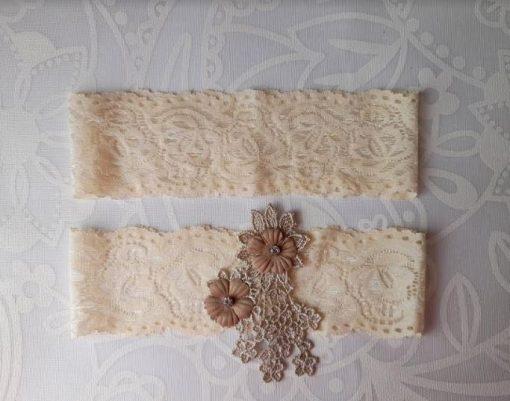 Champagne Flower emblem on Ivory Lace | Garter Pair