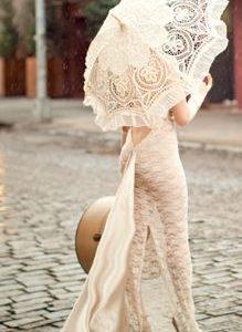 Bridal Bride White Lace Umbrella | Perfect for Wedding Photos