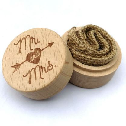 Mr and Mrs Wedding Ring Wooden Box   Wedding Ring Safe Keeper