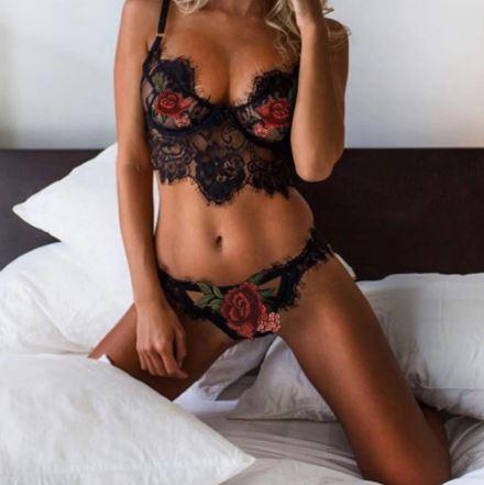 Beautiful Lace Ladies Lingerie | Honeymoon and Bridal Lingerie | Lace Bra, Brief Set