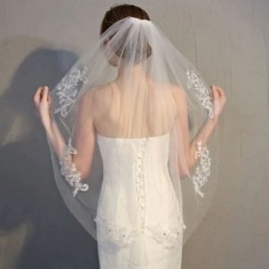 Beautiful Fingertip Length Wedding Bridal Veil | Bride Veil | Embroidery Lace | Comb included