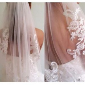 Stunning Fingertip Bridal Wedding Veil with Applique | Bride Veil with comb | White or Ivory Veil